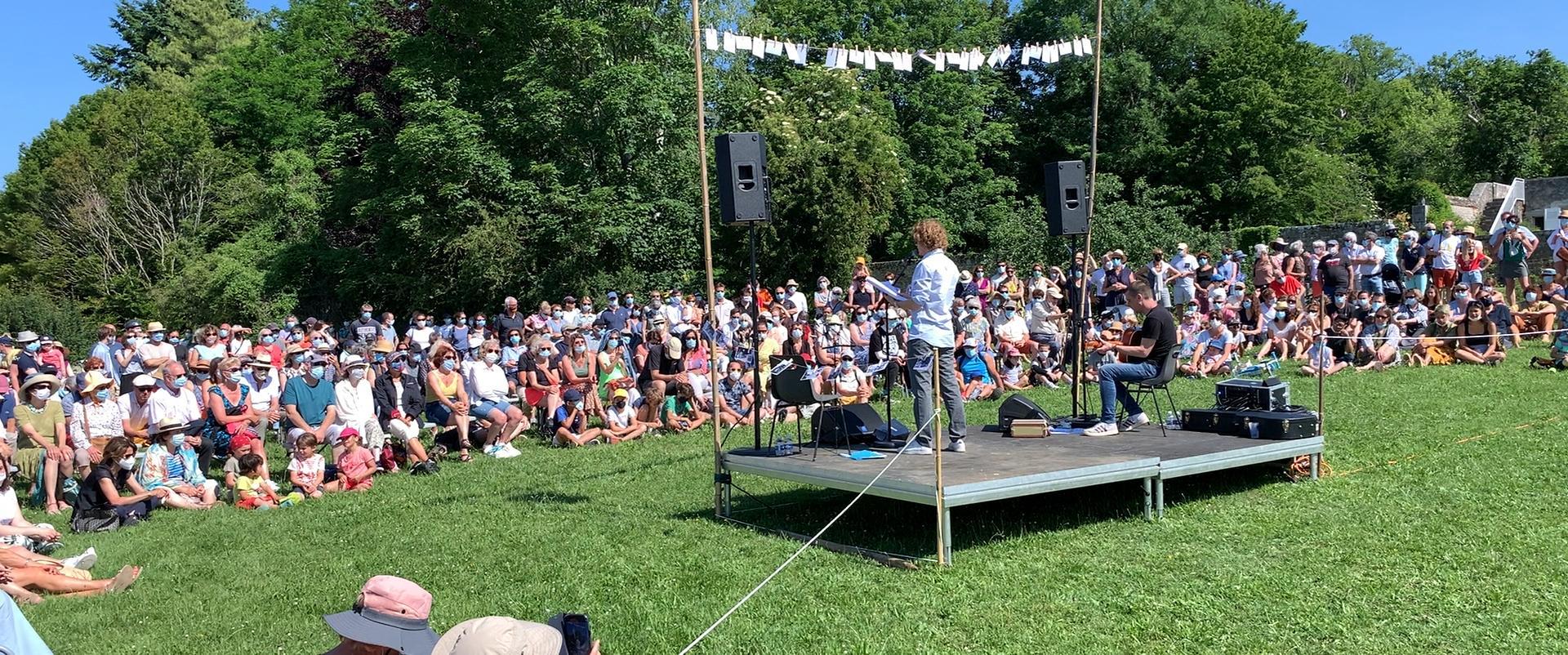 Spectacle d'Alex Lutz lors de la journée l'Escale Combleux du 13 juin